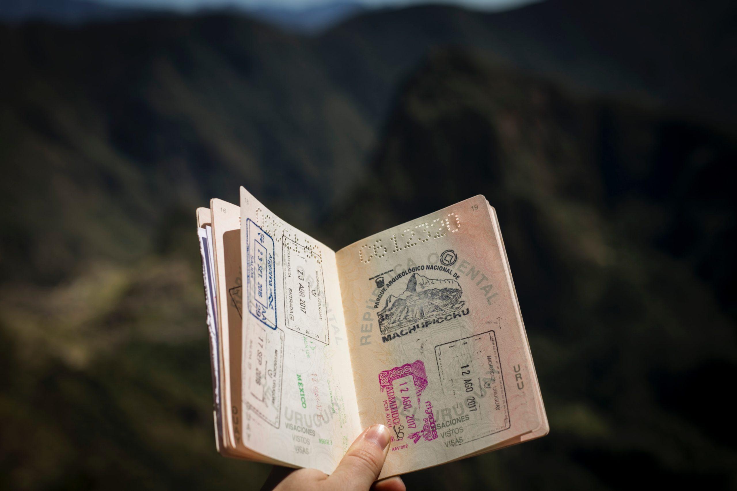 dokumenty w podróży - bezpieczeństwo