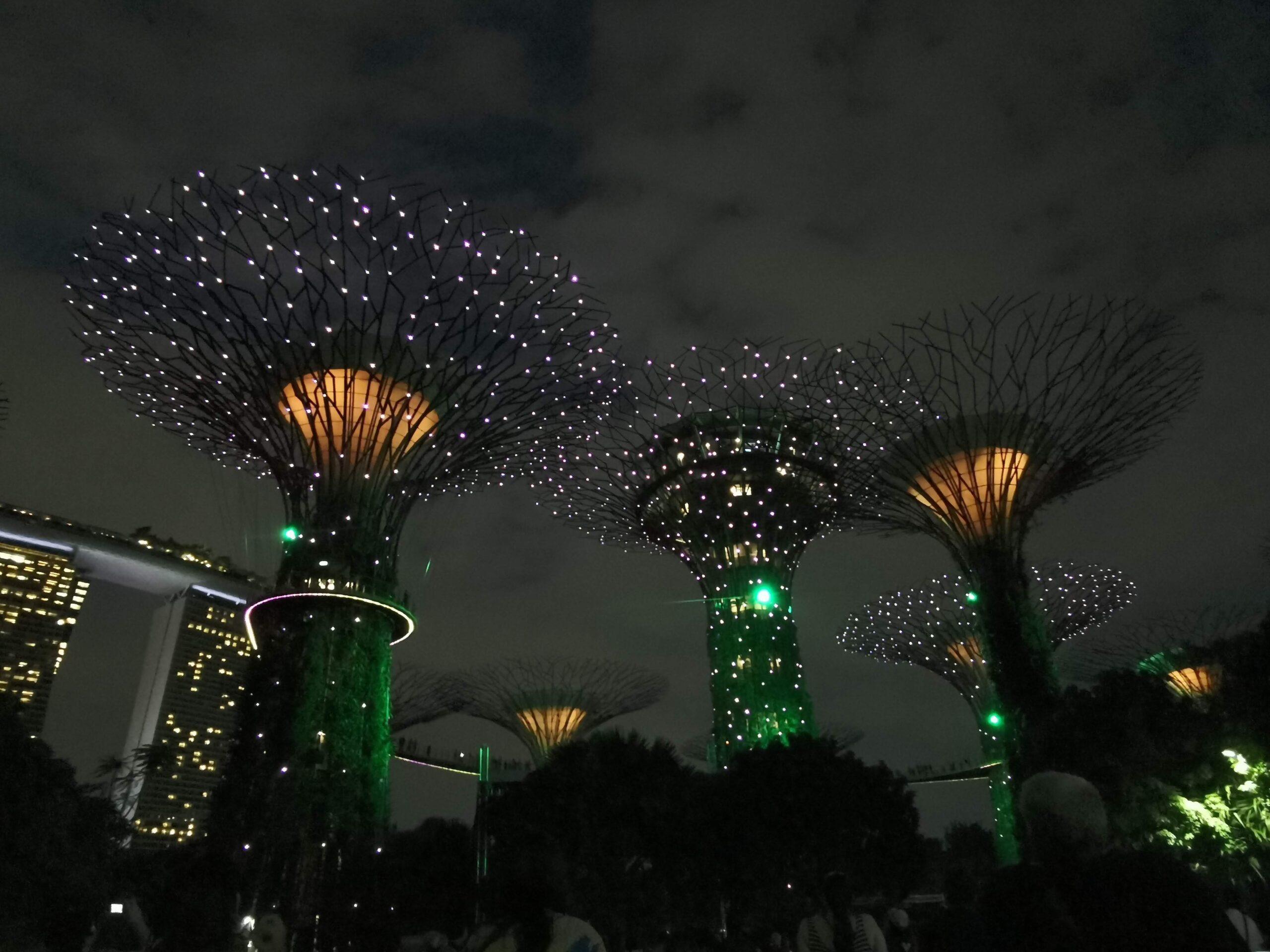 Sepktakl swiatla w Singapurze