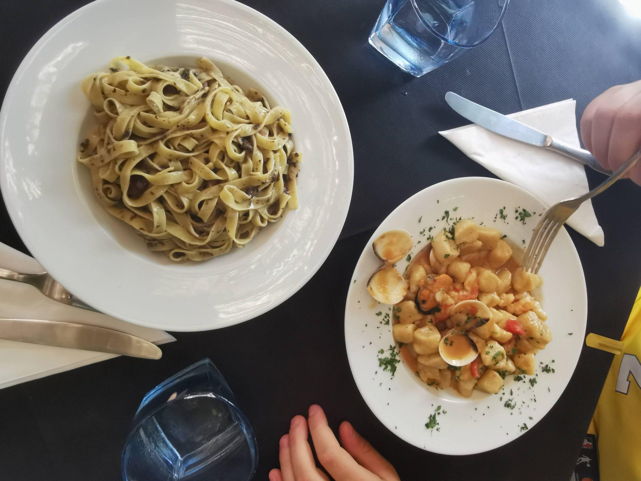 jedzenie na Antipaxos