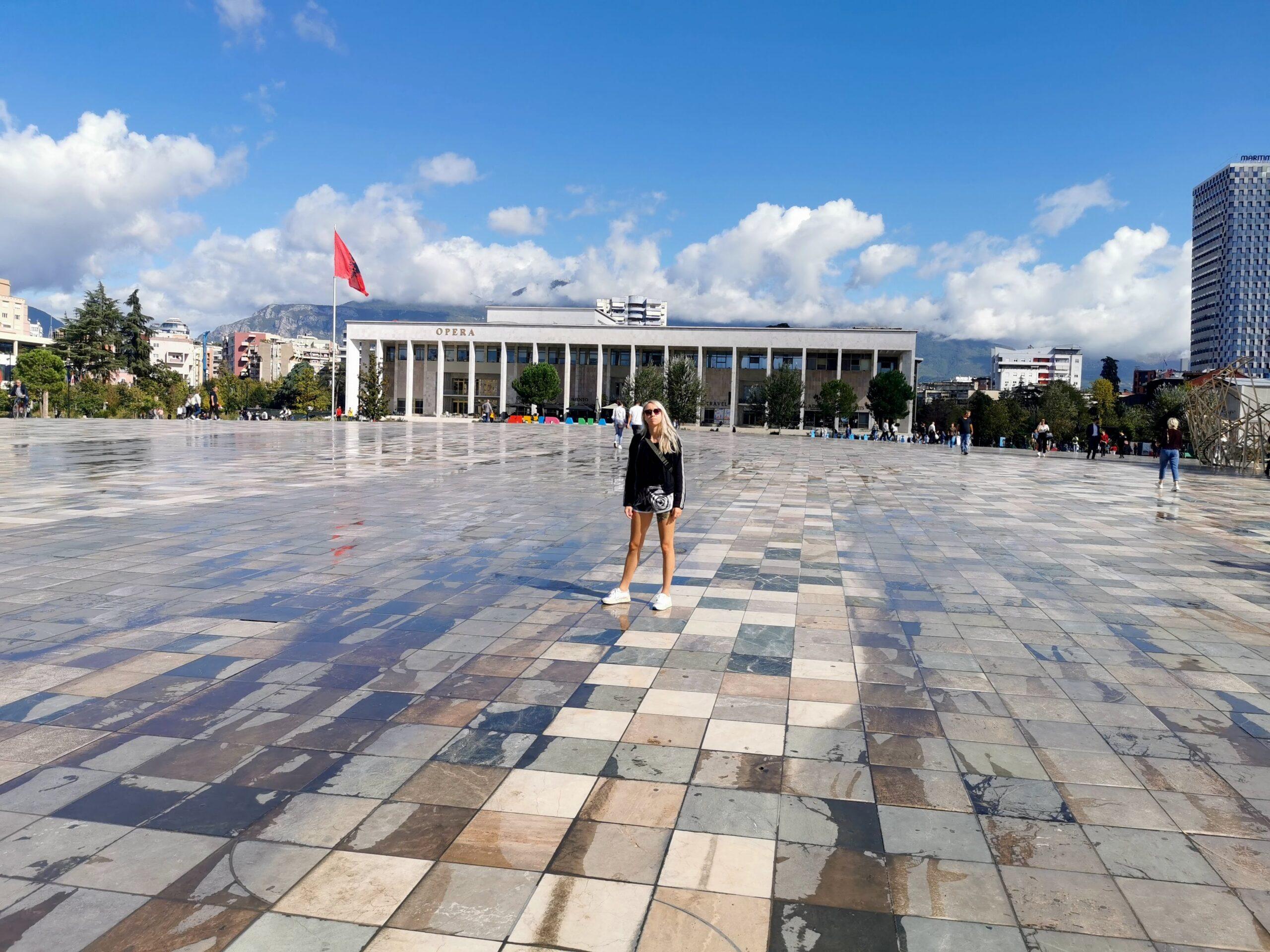 Tirana atrakcje
